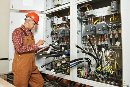 électricité générale Arles, depannage_electricite-electricien_Arles-electricite_generale_arles2